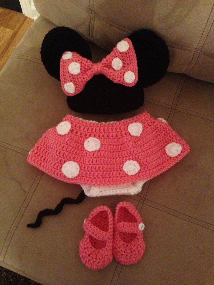 OP BESTELLING GEMAAKT!  Dit is een echt schattig Minnie Mouse outfit met een hoed, laarsjes en luier dekking!  De luier dekking heeft een draw-tekenreeks te maken verstelbaar. Kleuren zijn roze en rood, tenzij u wilt dat het in een andere kleur, in welk geval u kunt message me. Wanneer u bestelt, kies uw kleur en maat (gelieve de afmetingen van uw kind als u zal worden onmiddellijk te gebruiken, en te vergelijken met de metingen hieronder). Message me met eventuele vragen! Ik heb ook een…