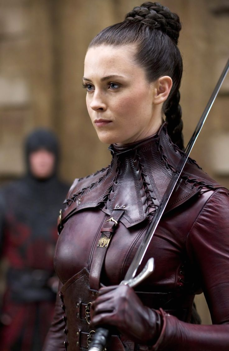 Kahlan - Legend of the Seeker ((Swordslave hair and armour inspiration))