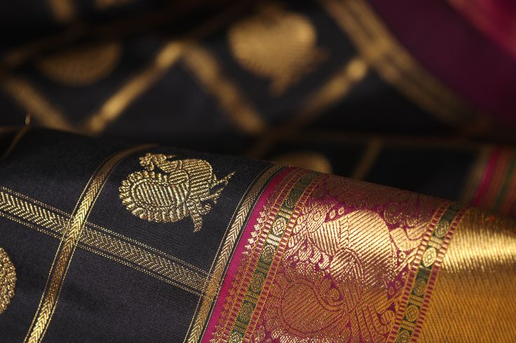 Accented with vivid hues, the black silk sets the perfect frame for the kanjivaram drape #blackgold #black #kanjivaram #kanakavalli #india #handloom #sari