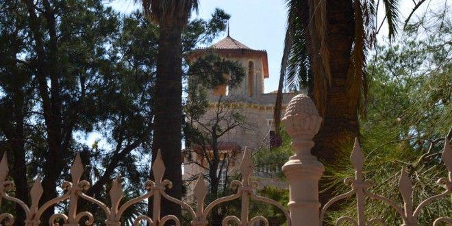 Πύργος στην Ποσειδωνία