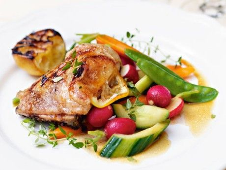 Grilled chicken with lemon and primeur salad