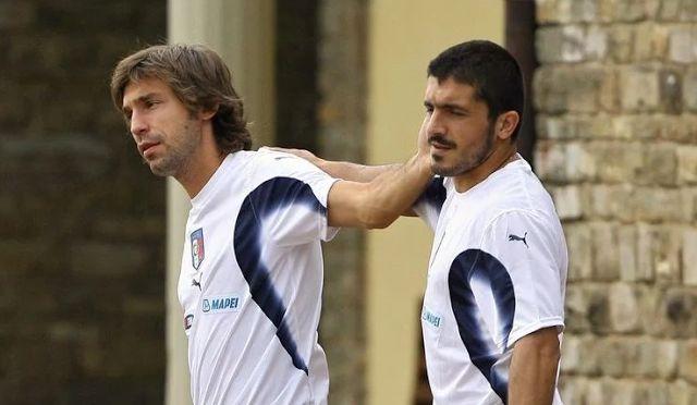 Bolacasino88.com - Mantan gelandang AC Milan, Gennaro Gattuso  mengucapkan kalau melihat mantan rekan setimnya, Andrea Pirlo bermain membu...