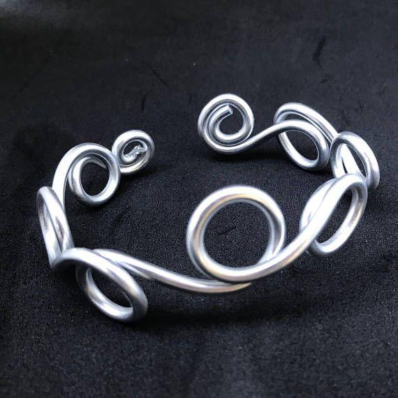 Silver Cuff Bracelet / Silver bracelets for Women / Wire