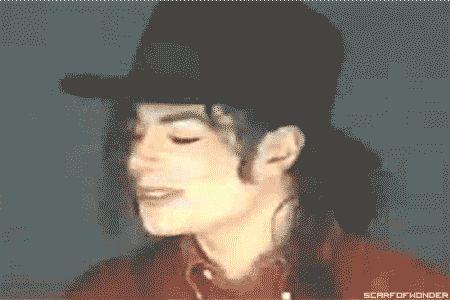 Michael Jackson es el tipo de persona que...  He visto que hacen esto… #humor # Humor # amreading # books # wattpad