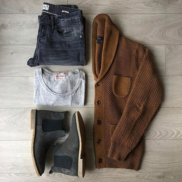 Follow @inisikpe for daily style  #suitgrid to be featured  ____________________ #SuitGrid by @wardrobeweary ____________________  Tap 👉🏼📱For Brands #inisikpe Cardigan: @jcrew Shirt: @levis.vintage.clothing Denim: @scotch_official Shoes: @asos
