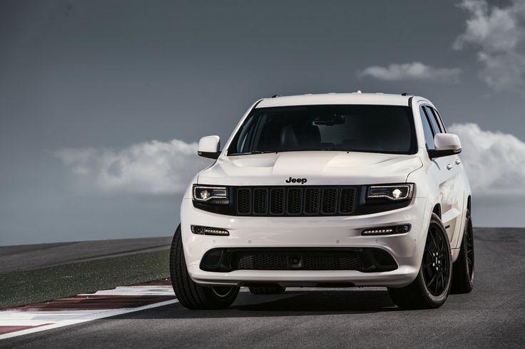 Nuova Jeep Grand Cherokee SRT Night: V8 da 468 CV per le Jeep più potente di sempre! Cos'altro aggiungere? #Jeep #GrandCherokee #SRT @jeep