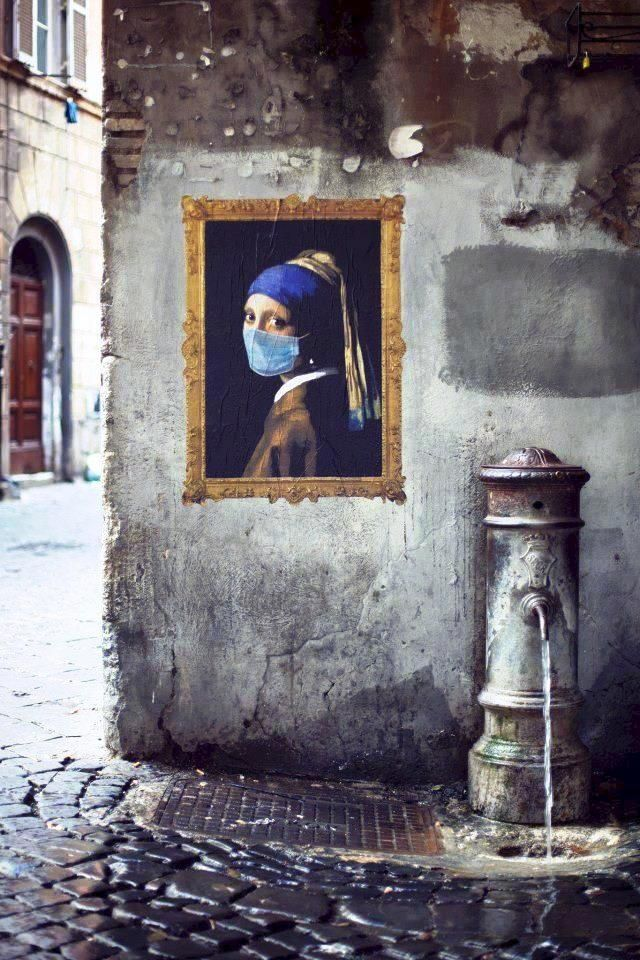cool intellectual grafitti: using classic art in street art and with humor...by street artist Robocoop, Roma