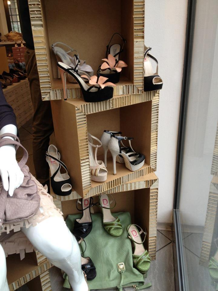 40 best images about arredamento negozi on pinterest for Negozi arredamento modena