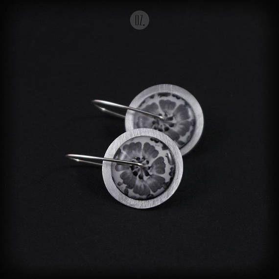 Short earrings Circles Light Gray Flowers Mini 100% handmade