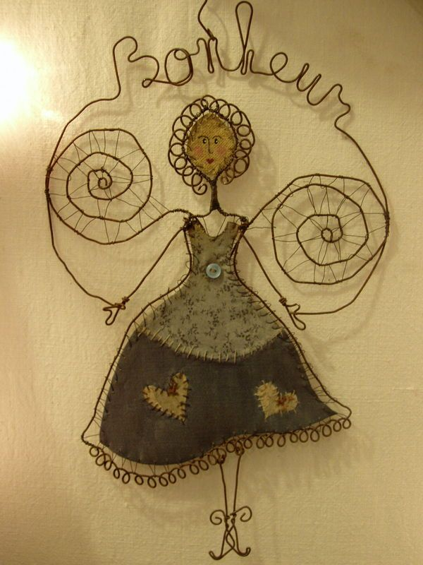 636 best wire images on Pinterest | Wire, Wire crafts and Wire art