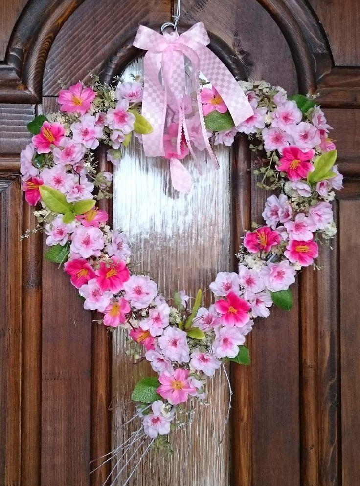 Srdíčko+velké+Velké+atypické+srdce+k+zavěšení,+svatební+dekorace,+přivítání+nevěsty...šířka+srdíčka+36+cm,+výška+celého+závěsu+57+cm.