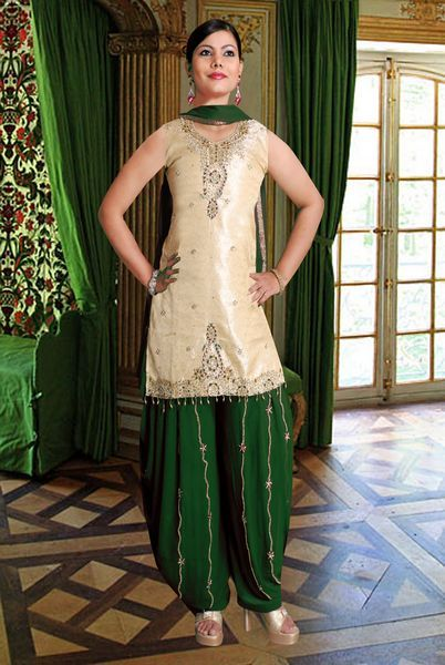 Here view Indian Punjabi salwar kameez.Indian Punjabi salwar suits 2012 and get all latest collection of  indian Salwar kameez in punjabi styles.Online Bollywood Punjabi salwar kameez for all visit http://fashion1in1.com/asian-clothing/bollywood-punjabi-salwar-kameez-suits-online/
