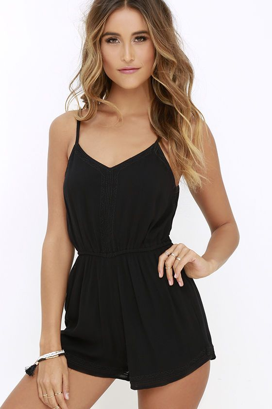 When you're wanting to stay comfy all day without sacrificing your award-winning style, employ the Amuse Society Aubrey Black Embroidered Romper! Soft, woven triangle bodice and V back are supported by adjustable spaghetti straps. Elastic waist leads into relaxed shorts, all framed by subtle black embroidery.