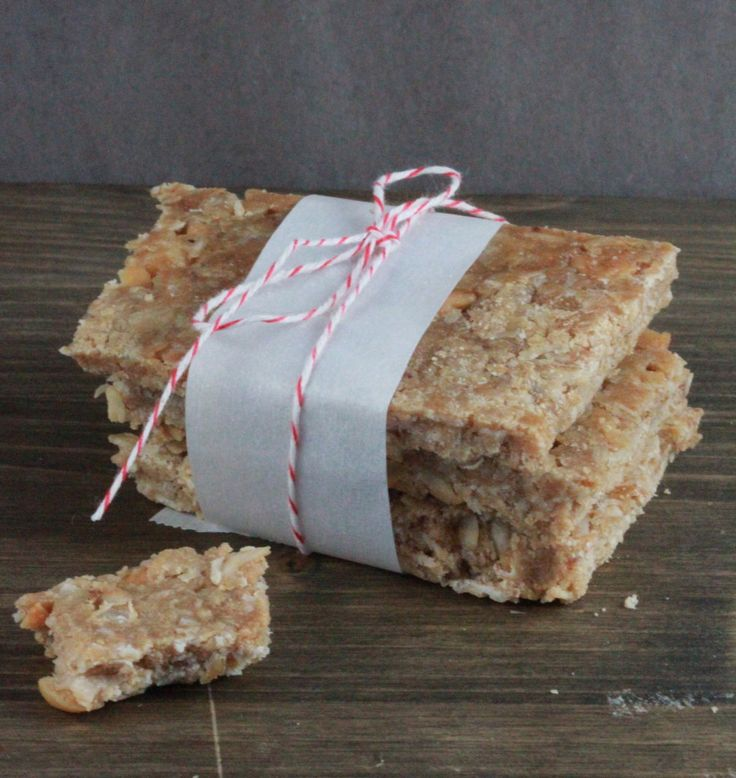 If you're trying to tone up, lose fat and gain muscle, you're likely swapping carbs for protein. However, store-bought power bars and protein bars are expensive. This version is much more frugal… and just as delicious! Tweak the ingredients according to your taste. Low-Carb Protein Bar Recipe These low-carb protein bars are quick and easy to make. Ingredients ½ C. skim milk 1 C. peanut butter 3 Tbsp. honey 1½ C. whey protein powder 2 C. oats (regular, not quick-cook)  {Read More}