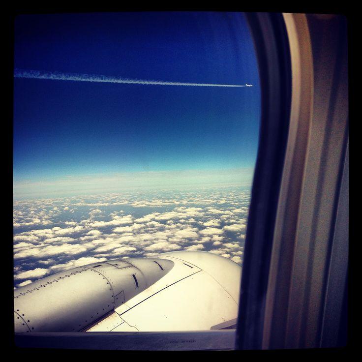 Onderweg doormiddel van een vliegtuig