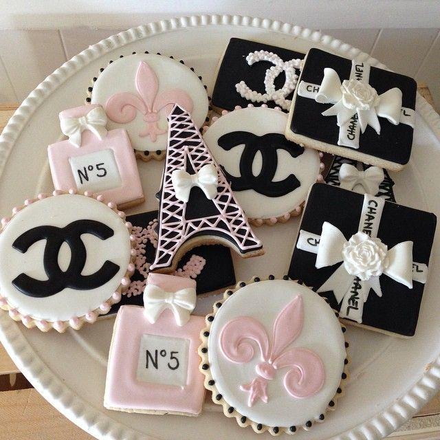 Chanel inspired cookies - Recherche Google