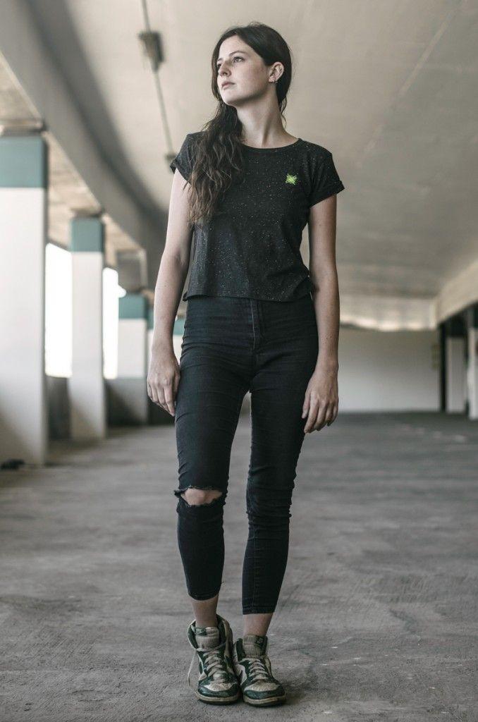 Fotos: NICOLA REHBEIN Model: ELEANOR Clothes: STOFF AUS FRANKFURT http://www.nicolarehbein.com/a-day-with-eleanor/