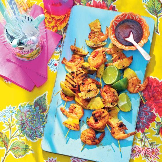 Het recept van de dag is: Pittige garnalenspiesen met ananas en limoen!