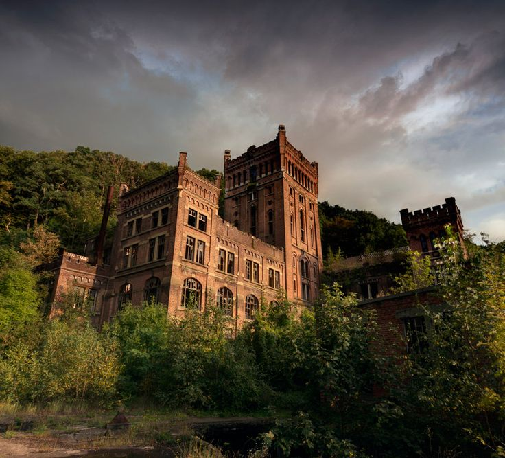 matt emmett rediscovers abandoned architecture and forgotten heritage_Coal mine ruins