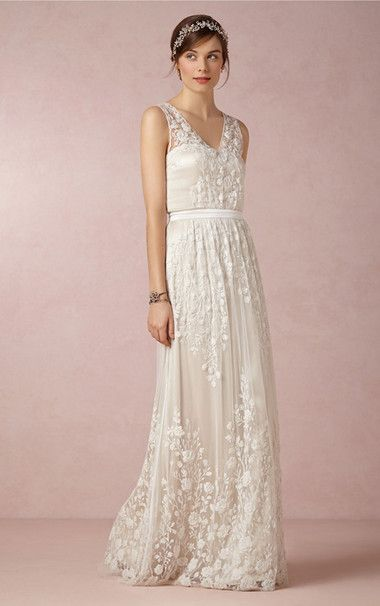 Sexy Column V Neck Ruffle Floor Length Lace White Zipper Wedding Dresses - £ 127.69 - Joannesdress.co.uk