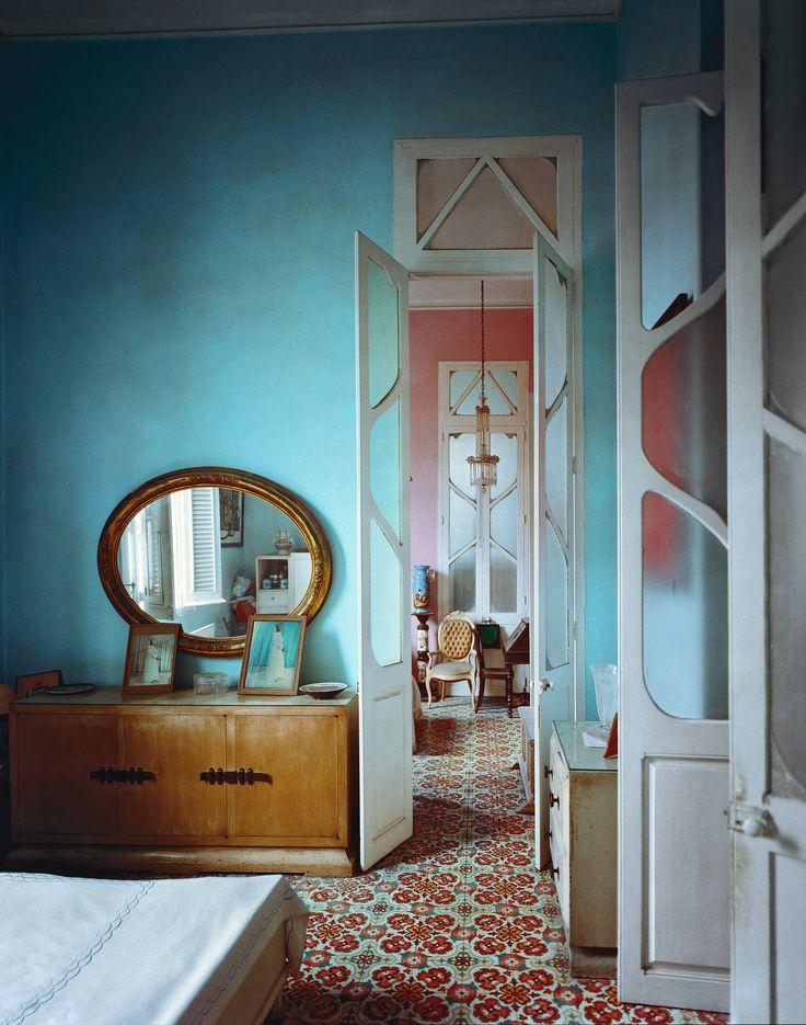 Floors + wall color