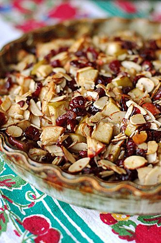 Thanksgiving & Fall Recipes: Apple Crisp Baked Brie with Cranberries, Cinnamon, and Nutmeg