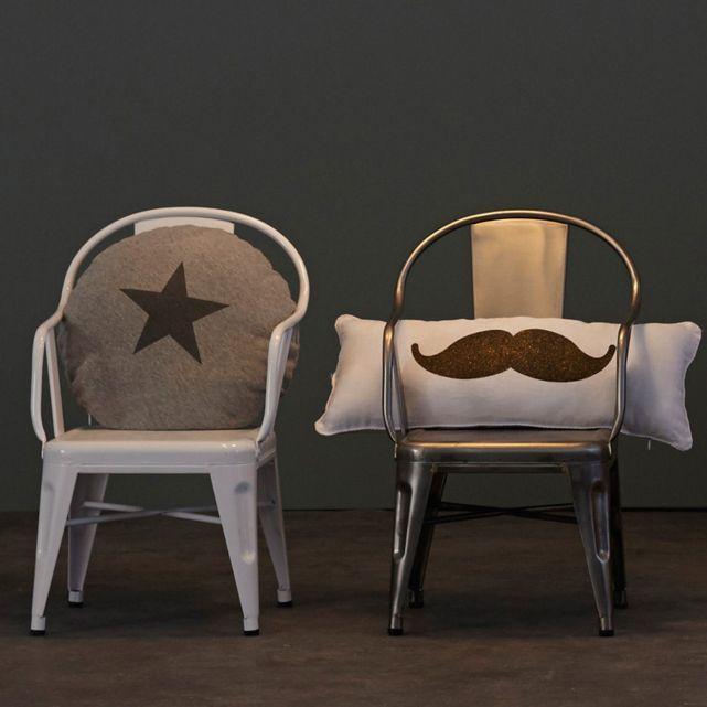 Actu déco : le nouveau catalogue AMPM - Des moustaches, encore des moustaches - Coussin Mario
