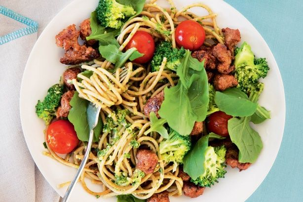 Twirl your fork around this better-for-you Broccoli and sausage spaghetti.
