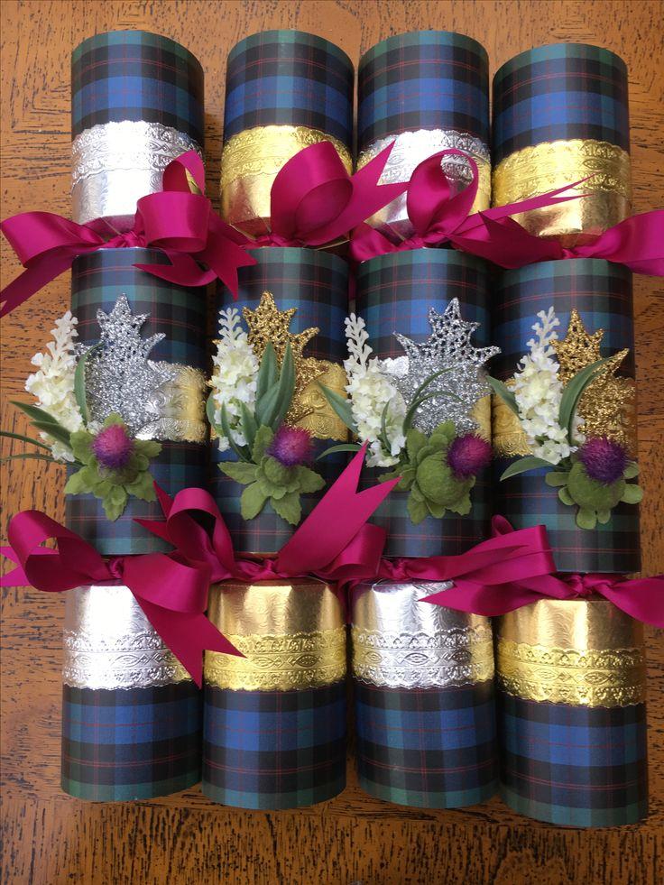 Scottish clan Christmas crackers