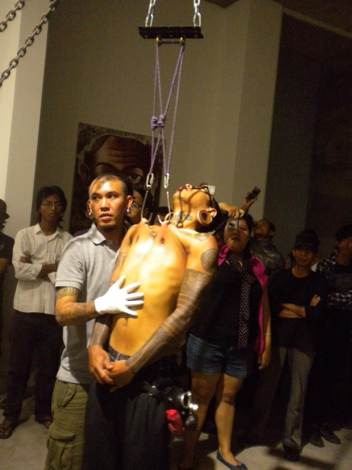 body suspension at sangkring art project