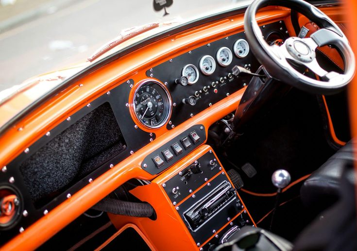 Interesting mini dash and dials
