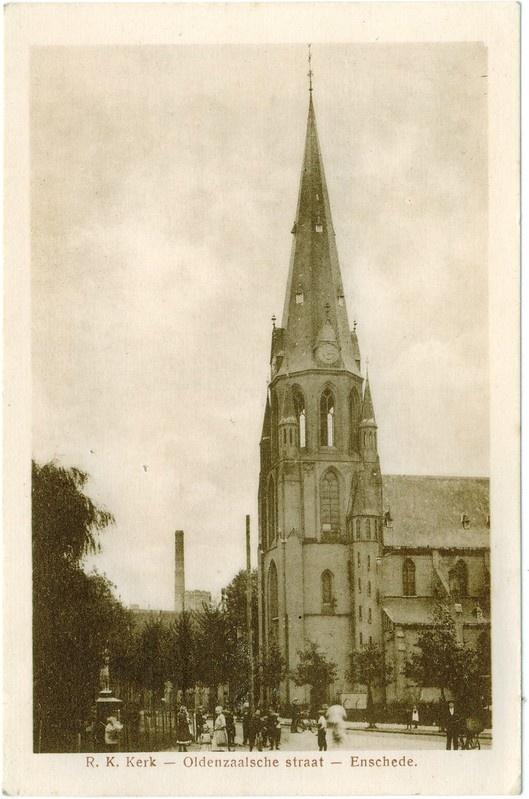 Oldenzaalsestraat - Jozefkerk ca. 1920 R.K. Kerk - Oldenzaalsche straat - Enschede.