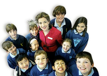2002 Heather Whitestone, Miss America    Heather Whitestone McCallum becomes a Nucleus recipient. She is the first woman with a disability to be crowned Miss America (1995). In 2004 she visited with students at the Mount View State School in Victoria, Australia who like herself have a Nucleus cochlear implant.