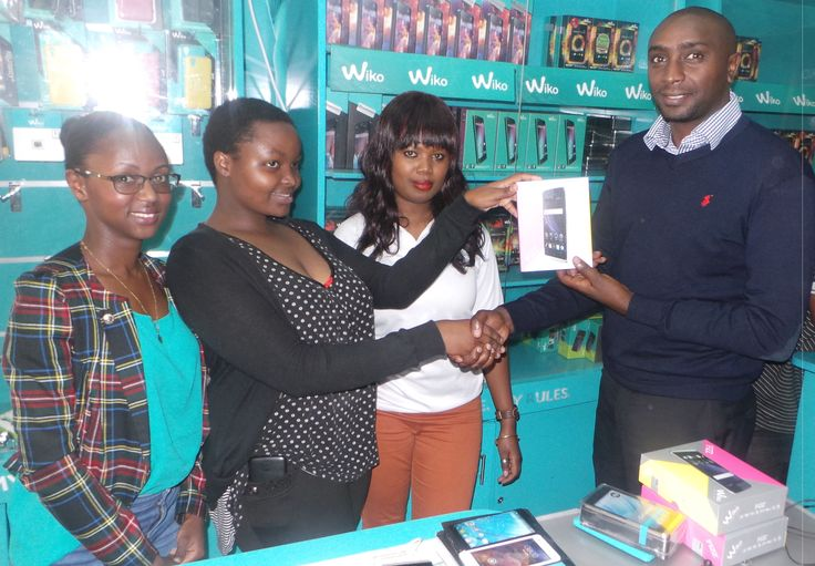 Anita Won the Wiko Fizz after correctley answering a trivia question. #WikoScore