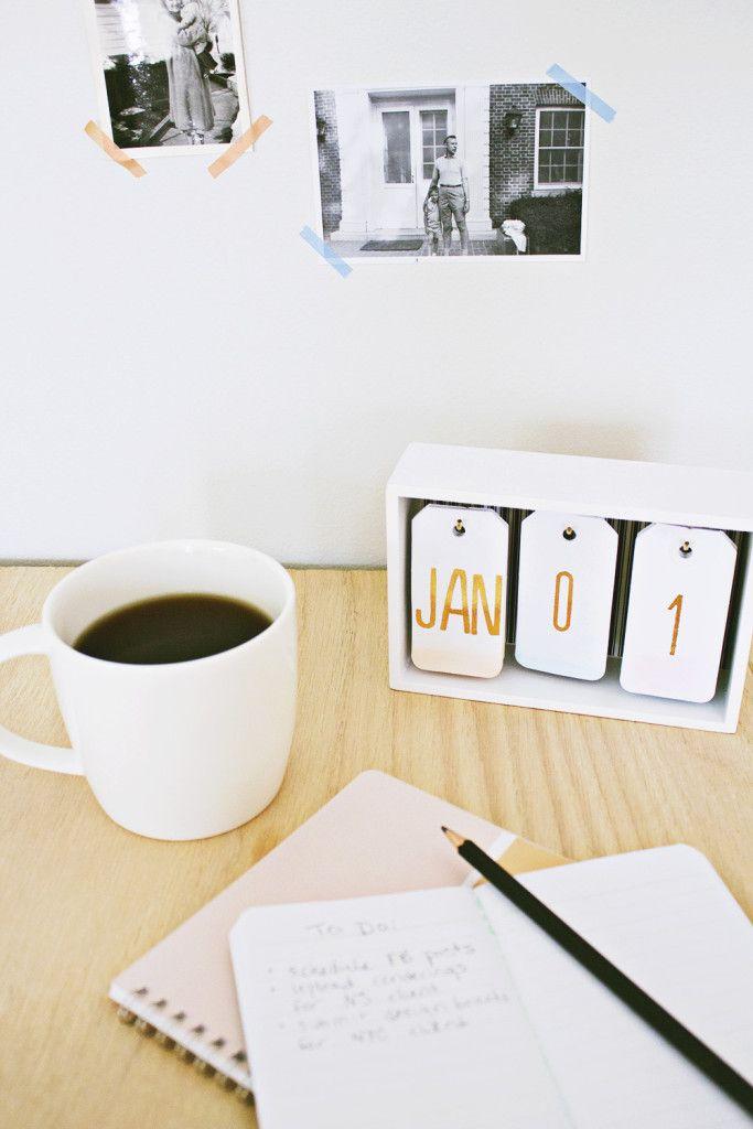 DIY Desk Calendar