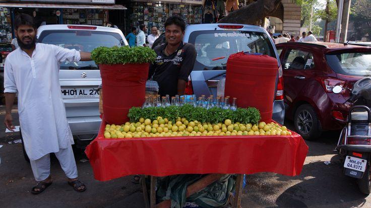 Fresh lemonade on the street