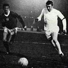 Rangers 0 Leeds Utd 0 in March 1968 at Ibrox. Mick Jones gets away from John Greig in the Fairs Cup Quarter Final, 1st Leg.