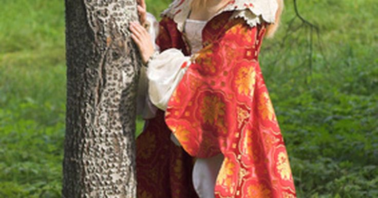 Como fazer uma fantasia de rainha medieval. Rainhas medievais são a imagem estereotipada do que a maioria das pessoas imagina quando pensam em rainhas no geral. Com a sua coroa de ouro e o véu, parece que ela faz parte da realeza. Há muitas ocasiões em que as mulheres gostam de se vestir como rainhas medievais, incluindo o Dia das Bruxas, feiras renascentistas e até projetos escolares. ...