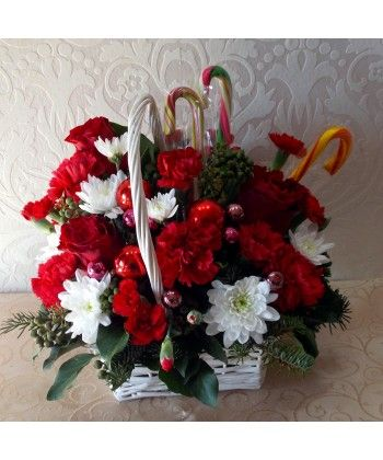 Aranjament floral de craciun cu accesorii si acadele