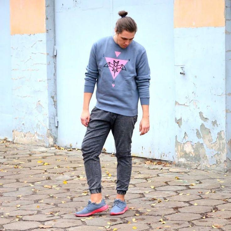 Jakubowy też pokochał Bat Power  #lifestyle #funandrebel #streetwear #koszulki #bluzy #modazulicy #piekuo #naluzie #look #swoboda #jakubowy #bloger
