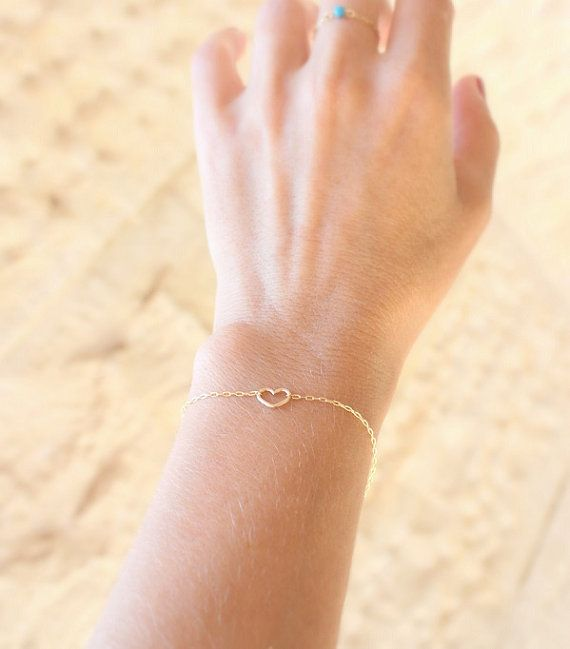 Heart bracelet - Thin Gold Bracelet - dainty bracelet,14k gold filled tiny heart on gold filled chain, gold sister bracelet, gift for her on Etsy, $22.00