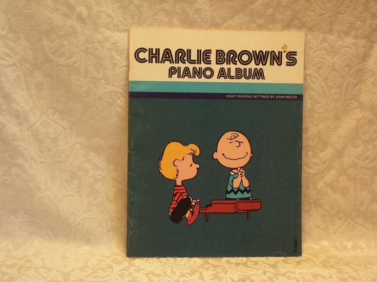 CHARLIE BROWN'S PIANO ALBUM MUSIC BOOK VINTAGE 1980 SNOOPY PEANUTS WOODSTOCK