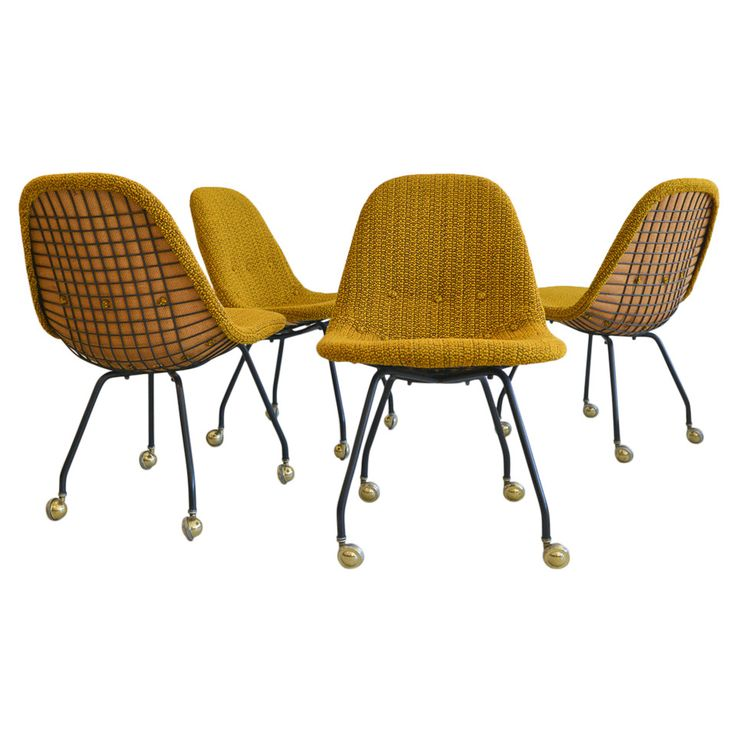 Marvelous Rare Set Early Charles Eames Wire Mesh Chairs