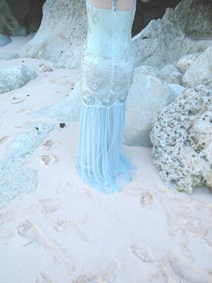 Beach wedding  www.braidsandco.com