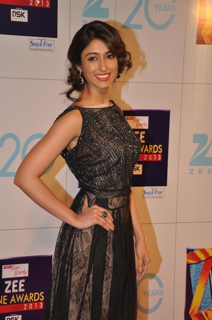 Ileana D'Cruz at Zee Cine Awards 2013.