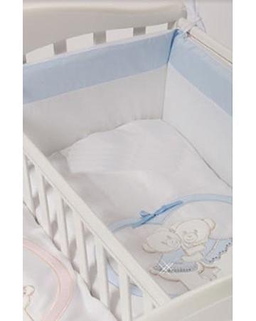 Feretti Baby Beddings Culla Gemelli Doppio Nidi Enchant голубой  — 5070р.  Набор Baby Beddings Culla Gemelli Doppio Nidi Enchant голубой Feretti состоит из одеяла и бортика. Комплект идеально подходит к люльке для близнецов от Feretti.