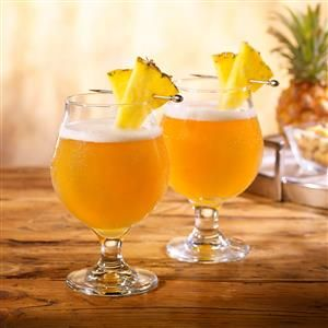 Pineapple Shandy Recipe -A refreshing cocktail that combines pineapple juice and pale ale.