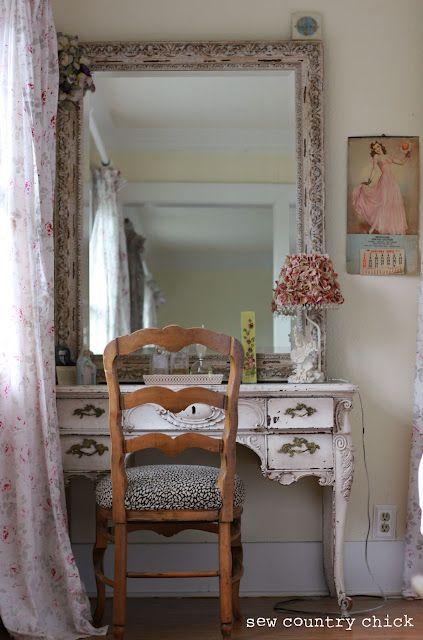 Pretty Farmhouse Bedroom (Sigh!)