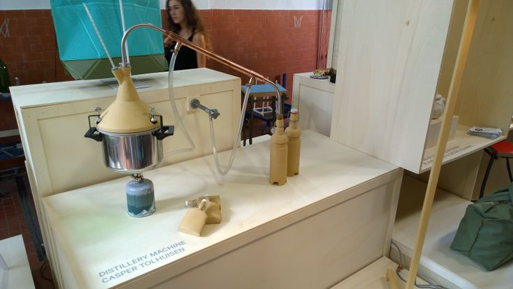 Distillery machine by Casper Tolhuisen, Workmates depicted at Lambrate http://studiocaspertolhuisen.nl/2012/07/collection/studiocaspertolhuisen3/