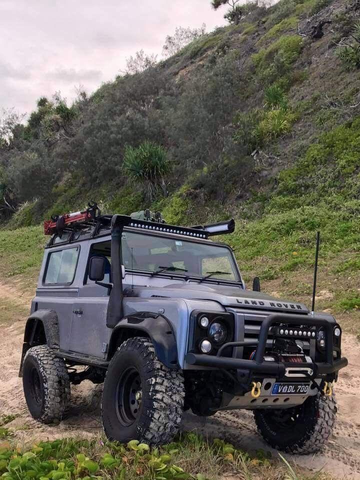 Kevin Colgan adlı kullanıcının Land Rover Defender